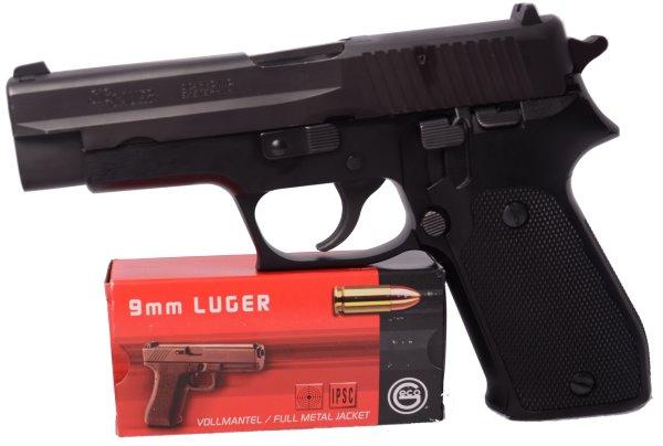 600_SigSauer_P220_9mm_Luger